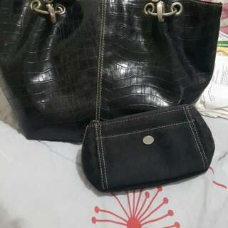 Authentic Ninewest leather bag and wallet