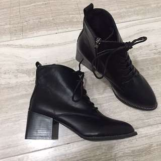 Black Leather Ankle Boots Shoelaces