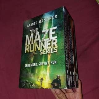 THE MAZE RUNNER (BOOK SET)