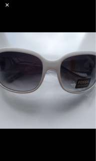 BNWT Authentic Fossil Delia White Sunglasses