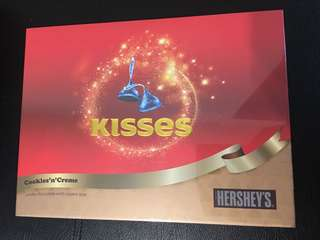 Hershey's Kisses Cookies 'n' Creme Chocolate 朱古力