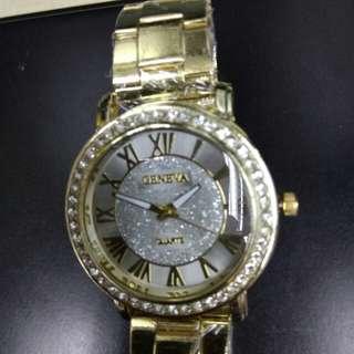 Geneva Unisex watch (new) with crystal