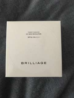 Brilliage powdery uv foundation