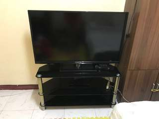 46 inches Prestiz TV with free tv stand