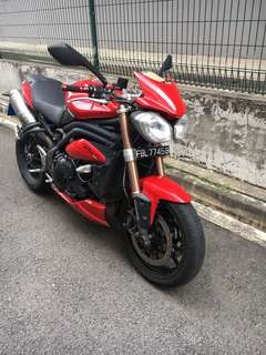 Triumph Speed triple R 1050