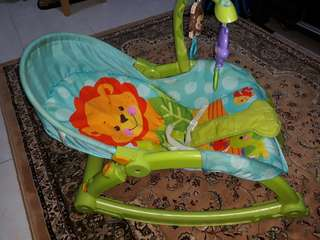 Fisher Price Baby Rocker for newborn baby and toddler
