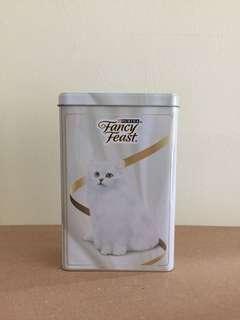 Purina Fancy Feast Tin