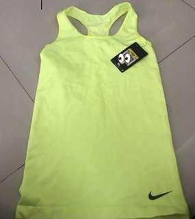 Nike dryfit tee!