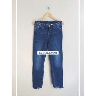 H&M Divided Cropped Boyfriend Jeans