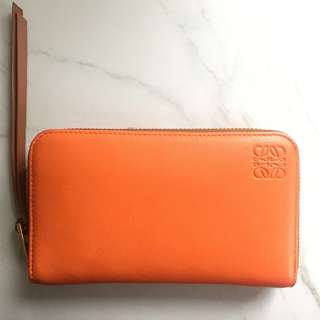 全新 Loewe wallet calf skin 長銀包 橙色