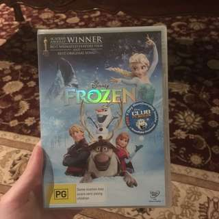 💙Frozen DVD in wrapping
