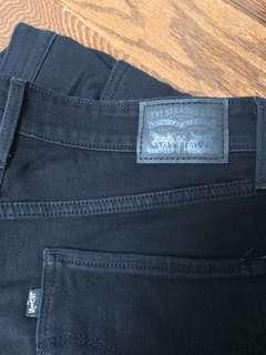 Levi's black skinny jeans size 30