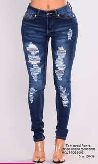 Tattered pants size : 28-36