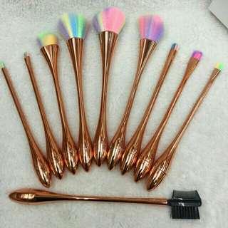 10 pcs. Rainbow Brush Set