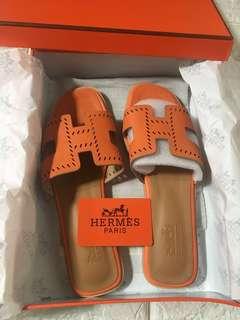 Hermes Oran Flats