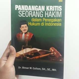 Buku Hukum