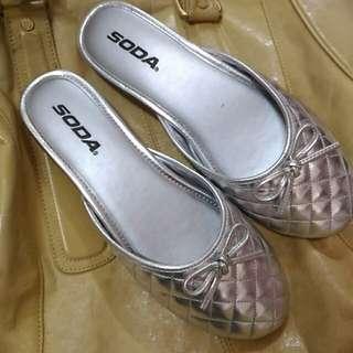 全新菱格紋室內鞋 蟑螂拖鞋 6.5號