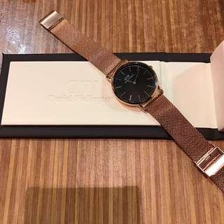 ♥️Daniel Wellington 銀帶黑錶面 ♥️ 有盒有收據 Real