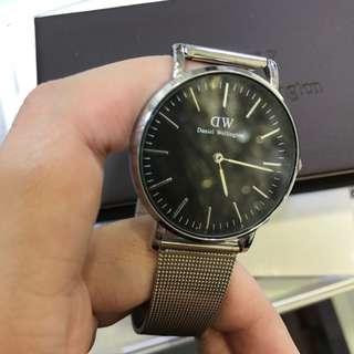 ♥️ Daniel Wellington 銀帶黑錶面 ♥️ 有盒有收據 Real