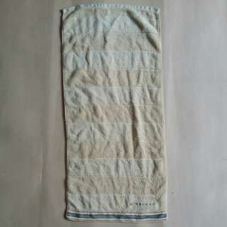 BURBERRY LONDON TOWEL SMALL SIZE