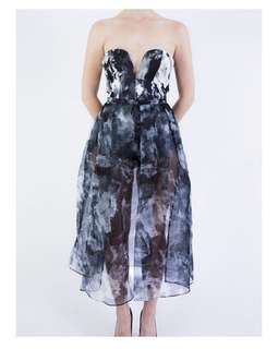 Shakuhachi petal print dress