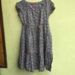 Dress Bunga Graphis