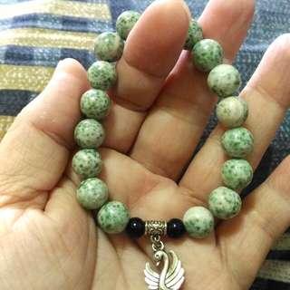 🚚 這個是罕見的綠龍晶手鍊,非常的漂亮與少見,戴起來很吸引人注目喔!