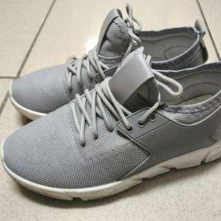 灰色運動鞋 運動鞋 韓版運動鞋 情侶鞋 撞色運動鞋