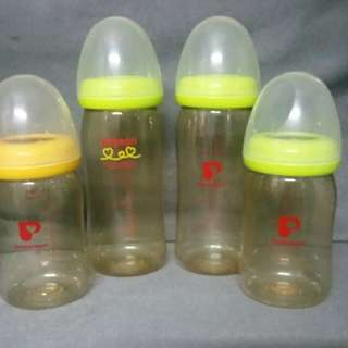 Authentic feeding bottles