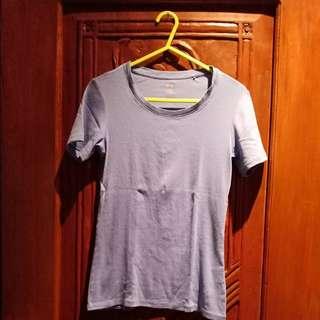 unilqo t-shirt