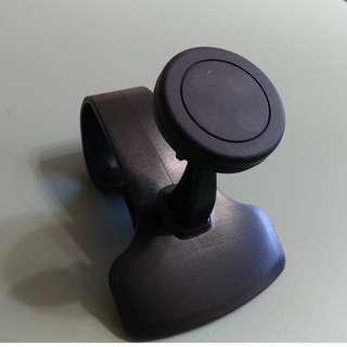 汽車用品-手機座 儀表板上專用 看得清楚開得安全 磁吸式