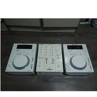 pioneer dj player /mixer limited edition ( CDJ 350 + DJM 350 white  )