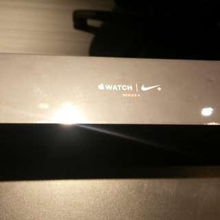 Apple watch Nike+ series3 42mm
