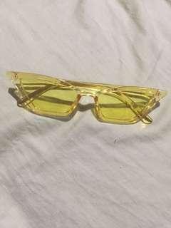 Megan Retro Yellow Gen Clear Cat Eye Sunnies