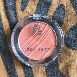 Rival de Loop: Duo Rouge Blush; Shade of 01 Sweet Apricot