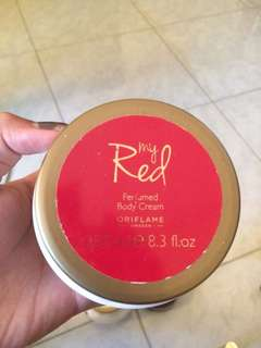 Parfumed body cream my red . Isi 90%
