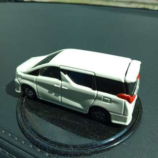 Bnib Toyota Alphard Scale 1/65