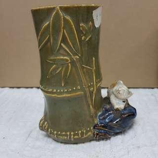 #0330 - ceramic Chinese brushes  holder