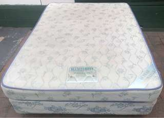 Reasonable condition double bed set. Delivery is available