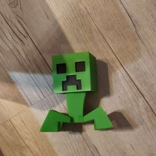 Minecraft creeper figurine