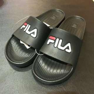 Fila 拖鞋 買錯尺寸 尺寸24 可小刀