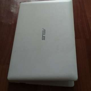 Asus X200MA Notebook