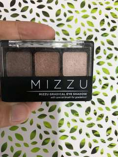 Mizzue eyeshadow