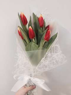 Tulips flower bouquet
