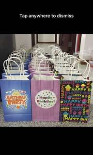 Party party- goody bag carrier