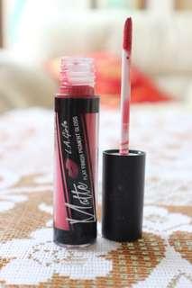 Liquid Lipstick Matte LA GIRL ( shade bazaar)