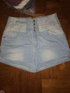 Yishon High waisted lace floral shorts