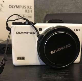 Olympus XZ-1 compact camera xz 1