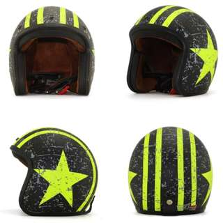Black with Yellow/Lime Green Racing Stripes and Star Motorcycle Helmet Open Face Three Button Snap Retro Vintage Vespa Scooter Cafe Racer Motorbike Leather Gloss Old School Harley Davidson