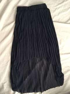 Black Pleated Skirt.